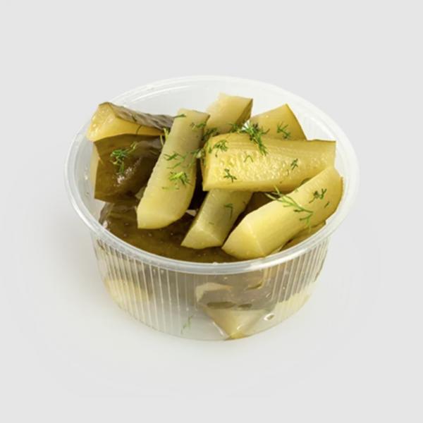 """<b class=""""newtitle""""> Salată de  CASTRAVEȚI murați</b>"""
