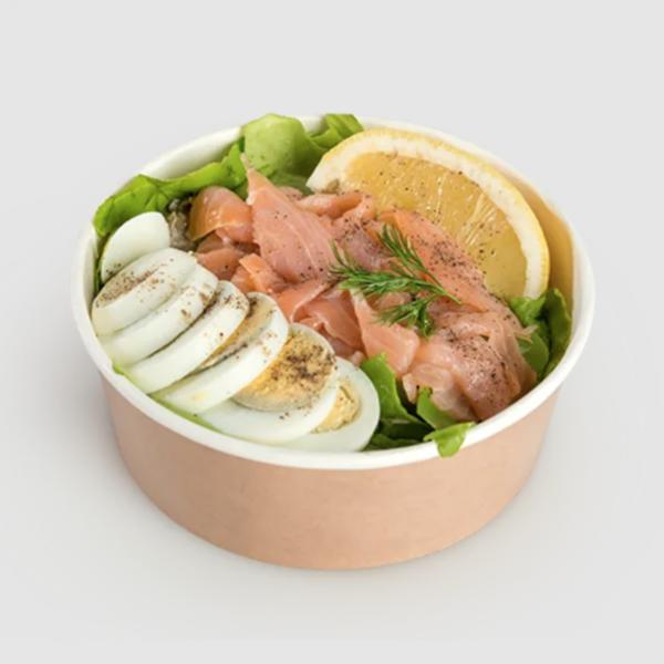 """<b class=""""newtitle"""">Salată cu linte verde și somon</b>"""